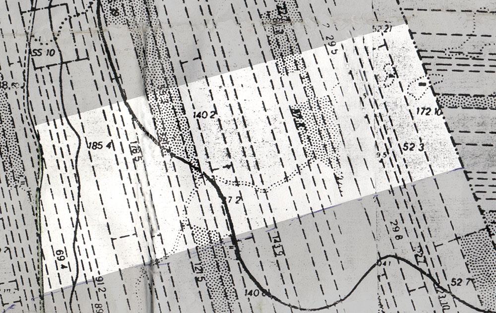 gammal karta som visar hur den gamla oskiftade skogen såg ut i remsor och hur ett nytt skifte lades ut på tvärs